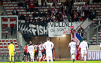 Illustration Altercation - Supporters Evian Thonon - Banderole Violence DNLH - 04.04.2015 - Nice / Evian Thonon - 31eme journee de Ligue 1<br />