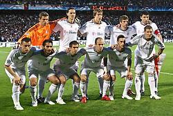 27-04-2010 VOETBAL: OLYMPIQUE LYON - BAYERN MUNCHEN: LYON<br /> Halve finale Champions League / Bayern Muchen plaatst zich voor de finale door Lyon met 3-0 te verslaan - Teamfoto Bayern Munchen met Arjen Robben en Mark van Bommel<br /> ©2010-FRH-nph / Straubmeier