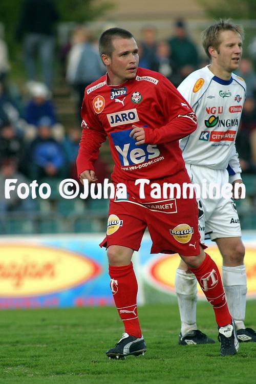 16.05.2004, Kauriala, H?meenlinna, Finland..Veikkausliiga 2004 / Finnish League 2004.FC H?meenlinna v FF Jaro.Ilpo Verno - Jaro.©Juha Tamminen