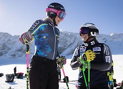 26.10.2018, Rettenbachferner, Soelden, AUT, FIS Weltcup Ski Alpin, Soelden, Training, im Bild v.l. Frida Hansdotter (SWE), Ragnhild Mowinckel (NOR) // f.l. Frida Hansdotter of Sweden Ragnhild Mowinckel of Norway during a practice session prior to the FIS Ski Alpine Worldcup opening at the Rettenbachferner in Soelden, Austria on 2018/10/26. EXPA Pictures © 2018, PhotoCredit: EXPA/ Johann Groder