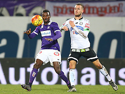 02.12.2015, Generali Arena, Wien, AUT, 1. FBL, FK Austria Wien vs SK Puntigamer Sturm Graz, 18. Runde, im Bild Olarenwaju Ayobami Kayode (FK Austria Wien) und Lukas Spendlhofer (SK Puntigamer Sturm Graz) // during Austrian Football Bundesliga Match, 18th Round, between FK Austria Vienna and SK Puntigamer Sturm Graz at the Generali Arena, Vienna, Austria on 2015/12/02. EXPA Pictures © 2015, PhotoCredit: EXPA/ Thomas Haumer