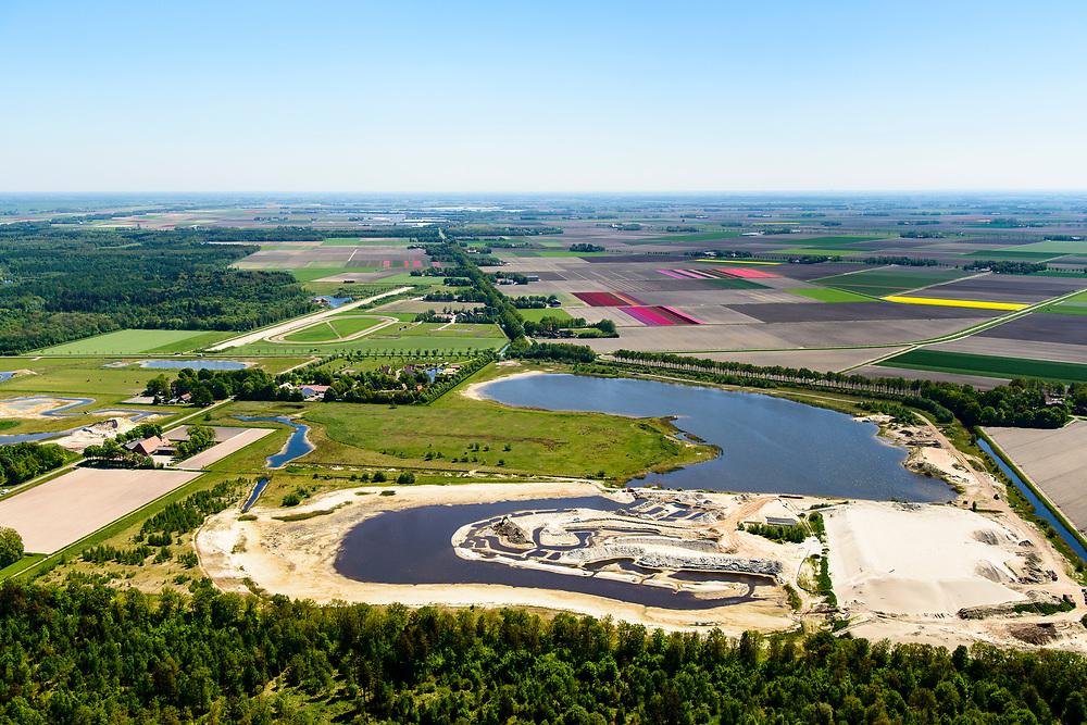 Nederland, Flevoland, Noordoostpolder, Bant, 07-05-2018; De Kuilen of de Veenkuil, oorspronkelijk veenplas, onderdeel van de zeebodem, nu ook zandwinning. <br /> Gelegen bij Kuinderbos.<br /> De Kuilen or Veenkuil, originally peat pit, part of the seabed, now also sand extraction<br /> luchtfoto (toeslag op standard tarieven);<br /> aerial photo (additional fee required);<br /> copyright foto/photo Siebe Swart
