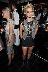 PIXIE GELDOF at a dinner hosted by Alexandra Shulman editor of British Vogue in association with Net-A-Porter.com to celebrate 25 years of London Fashion Week and Nick Knight held at Le Caprice, Arlington Street, London on 21st September 2009.