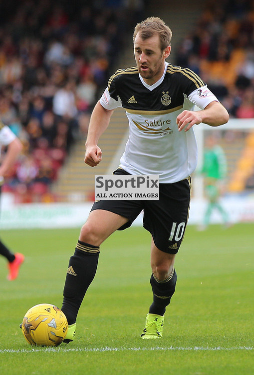 Motherwell v Aberdeen Scottish Premiership 15 August 2015; Niall McGinn (Aberdeen 10) runs at goal during the Motherwell v Aberdeen Scottish Premiership match played at Fir Park Stadium, Edinburgh; <br /> <br /> &copy; Chris McCluskie | SportPix.org.uk