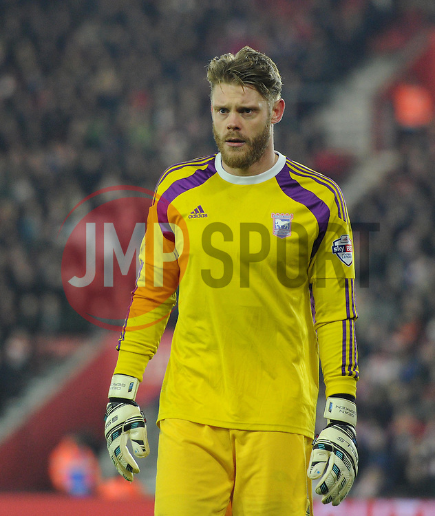 Ipswich Town's Dean Gerken - Photo mandatory by-line: Paul Knight/JMP - Mobile: 07966 386802 - 04/01/2015 - SPORT - Football - Southampton - St Mary's Stadium - Southampton v Ipswich Town - FA Cup Third Round