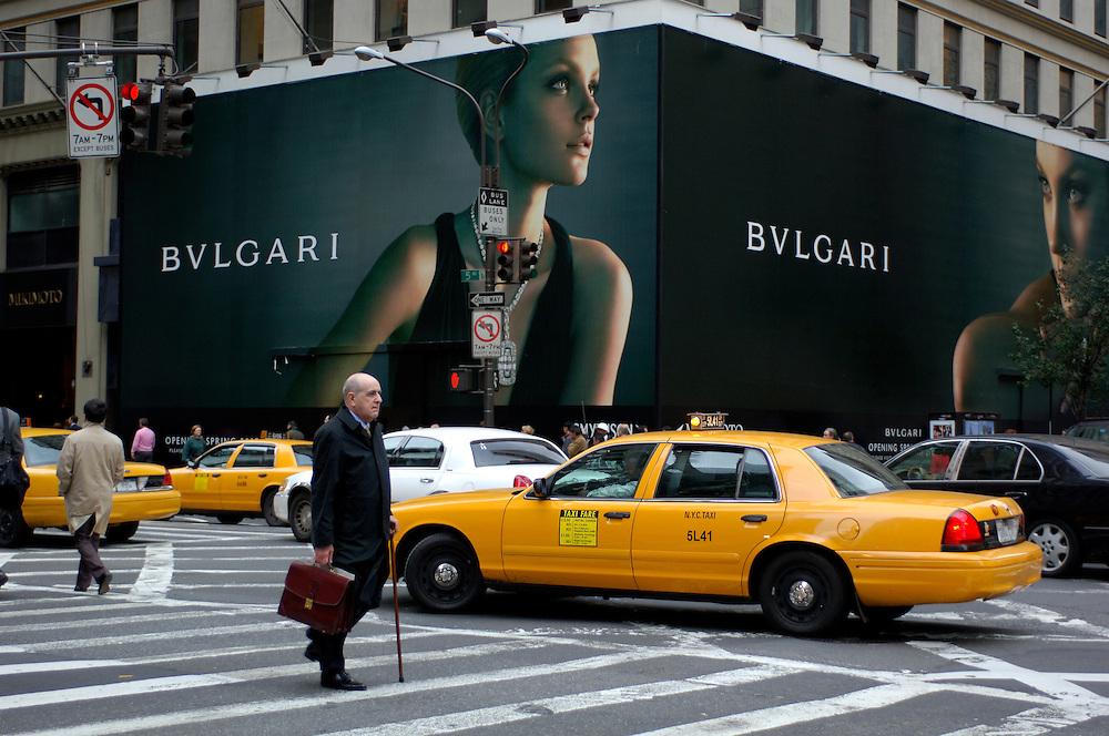 Streetcorner, 57th Street/5th Avenue, Midtown, Manhattan, New York, New York, United States of America