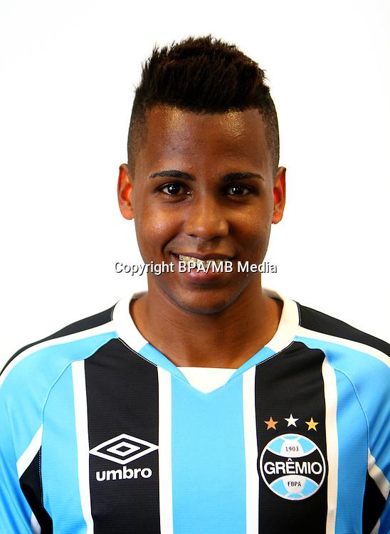 Brazilian Football League Serie A / <br /> ( Gremio Foot-Ball Porto Alegrense ) - <br /> Tyroane Sandows