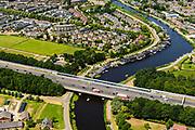 Nederland, Noord-Holland, Gemeente Ouder-Amstel, 29-06-2018; Ouderkerk aan de Amstel, brug in A9 over de Amstel.<br /> A9 bridge river Amstel.<br /> luchtfoto (toeslag op standard tarieven);<br /> aerial photo (additional fee required);<br /> copyright foto/photo Siebe Swart
