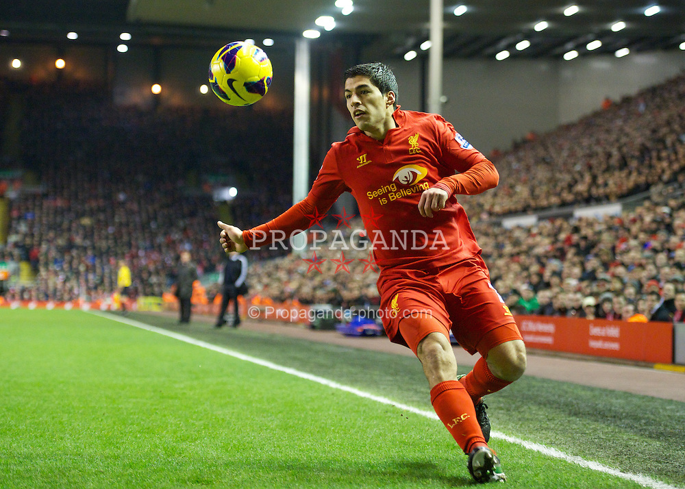 LIVERPOOL, ENGLAND - Monday, February 11, 2013: Liverpool's Luis Alberto Suarez Diaz in action against West Bromwich Albion during the Premiership match at Anfield. (Pic by David Rawcliffe/Propaganda)