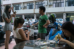 June 06, 2016 - Changhua (Taiwan). Yiting Li hangs out with some of her friends and colleagues. © Thomas Cristofoletti / Ruom