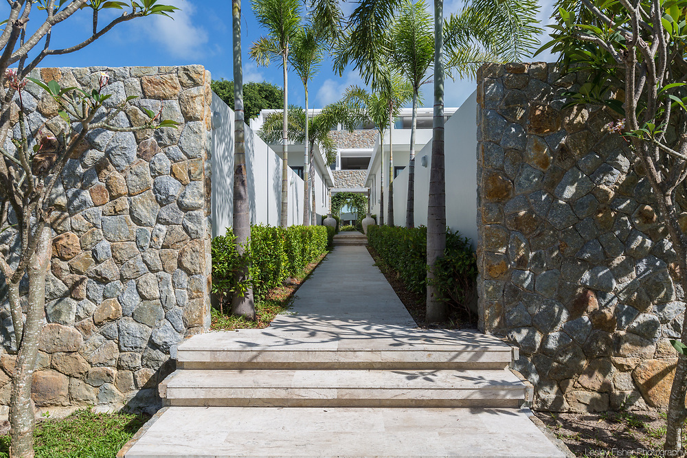 Walkways and entrance at Skye beach front and garden villas located in Plai Laem, Koh Samui, Thailand