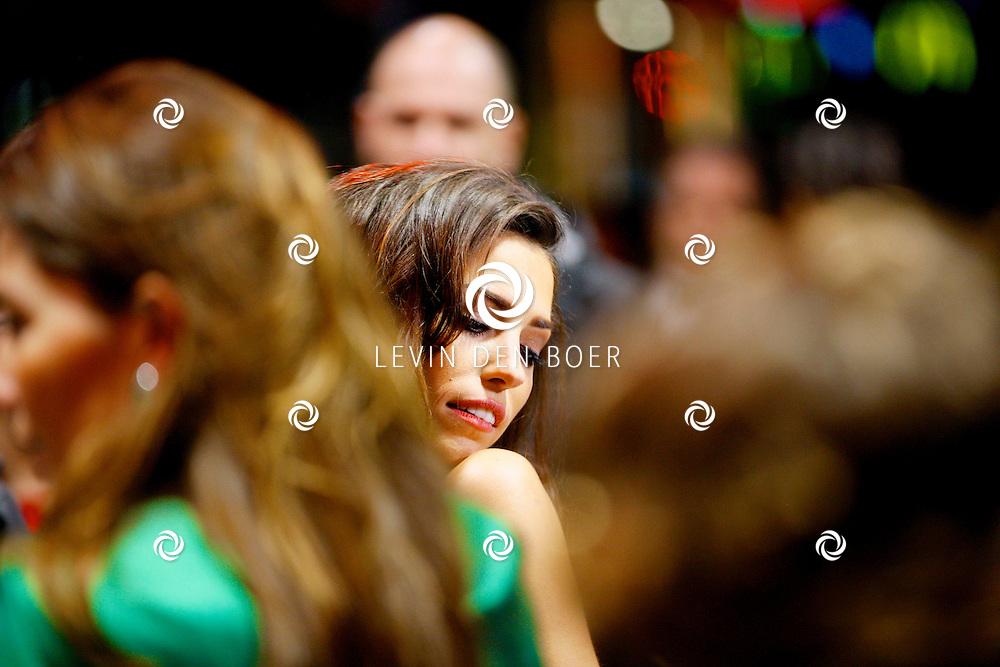 AMSTERDAM - In Tuschinski is de Nederlandse film Valention in premiere gegaan. Diversen bekende Nederlanders kwamen over de rode loper. Met hier op de foto  Alette Lerby. FOTO LEVIN DEN BOER - PERSFOTO.NU