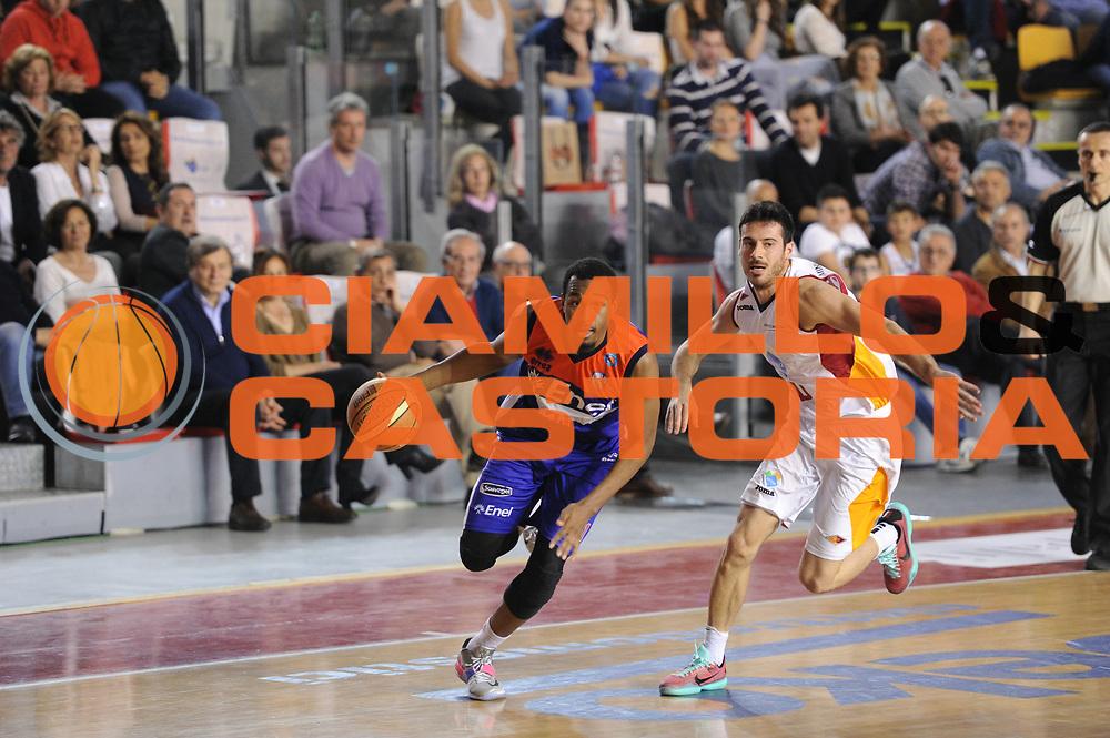 DESCRIZIONE : Roma Lega A 2014-15 Acea Roma Enel Brindisi<br /> GIOCATORE : Elston Turner<br /> CATEGORIA : palleggio<br /> SQUADRA : Enel Brindisi<br /> EVENTO : Campionato Lega A 2014-2015<br /> GARA : Acea Roma Enel Brindisi<br /> DATA : 19/04/2015<br /> SPORT : Pallacanestro <br /> AUTORE : Agenzia Ciamillo-Castoria/G.Masi<br /> Galleria : Lega Basket A 2014-2015<br /> Fotonotizia : Roma Lega A 2014-15 Acea Roma Enel Brindisi