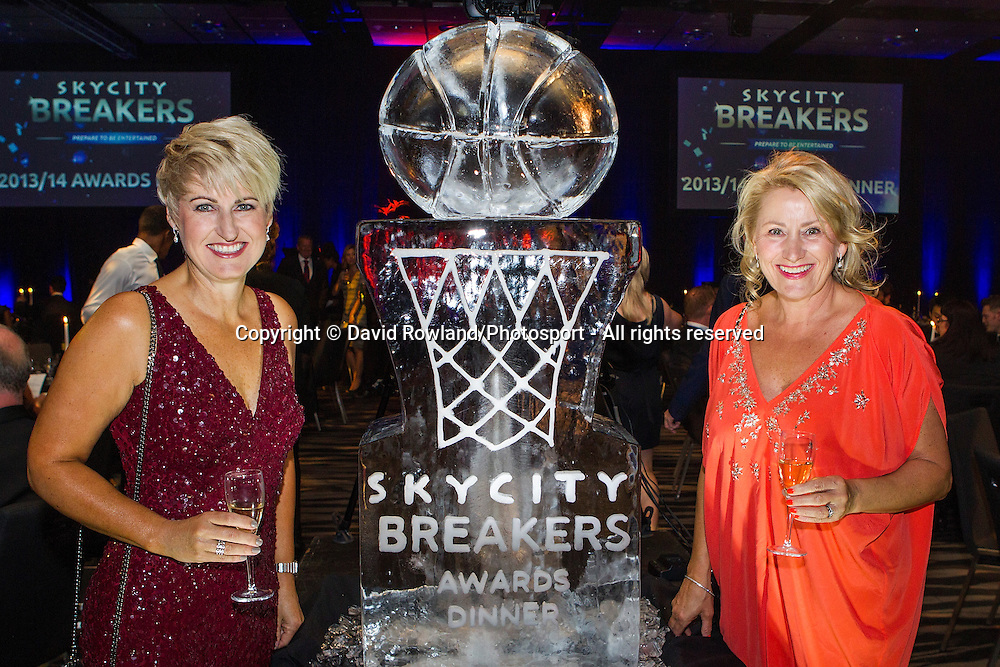 Liz Blackwell and guest at the Skycity Breakers Awards, 2013-14, Skycity Convention Centre, Auckland, New Zealand, Friday, March 28, 2014. Photo: David Rowland/Photosport