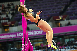 London, 2017 August 06. Eliza McCartney, New Zealand in the in the women's pole-vault final on day three of the IAAF London 2017 world Championships at the London Stadium. © Paul Davey.