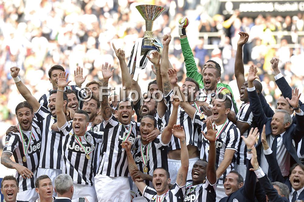 &copy; Filippo Alfero<br /> Juventus-Cagliari, Serie A 2013/2014 e assegnazione Coppa Scudetto<br /> Torino, 18/05/2014<br /> sport calcio<br /> Nella foto: