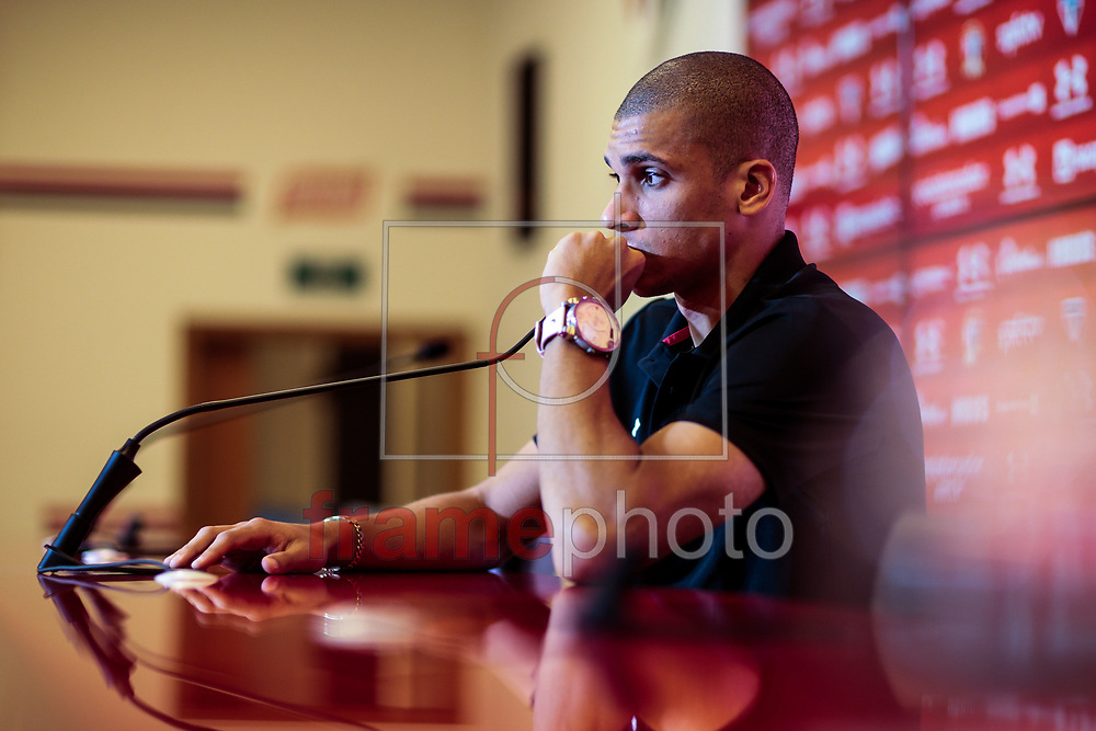São Paulo (SP), 17/06/2015 - O jogador Dória,  durante entrevista coletiva no São Paulo na tarde desta quarta-feira (16) no CT da Barra Funda. Foto: Leandro Martins/Frame