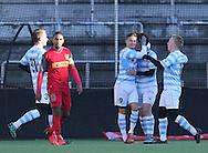 FODBOLD: Spillere fra FC Helsingør jubler efter scoringen til 1-0 under træningskampen mellem FC Nordsjælland og FC Helsingør den 20. januar 2017 i Farum Park. Foto: Claus Birch