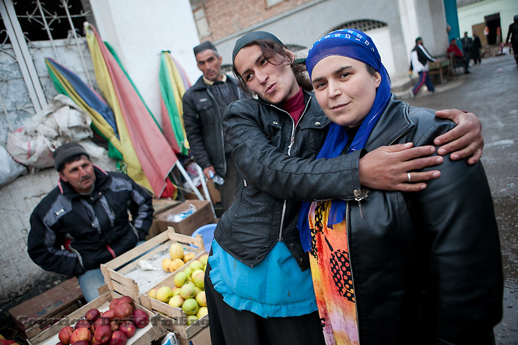 Fruit sellers, Dushanbe, March 2012