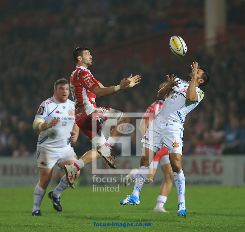 Jonny May of Gloucester competes for the ball during the Aviva Premiership match at Kingsholm Stadium , Gloucester<br /> Picture by Michael Whitefoot/Focus Images Ltd 07969 898192<br /> 19/09/2014