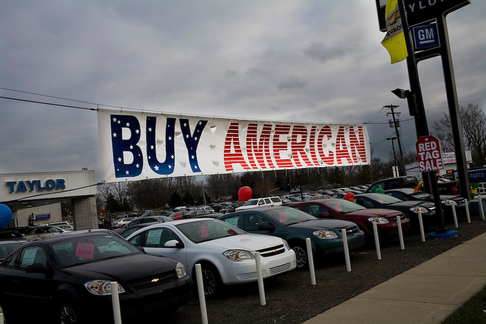 A used Ford dealership in Taylor, Michgan