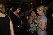 Lisa Tarbuck, Reena De' Alber and Julie Davis, First night party for Smaller  at Floridita, 100 Wardour Street W1 on Tuesday 4 AprilONE TIME USE ONLY - DO NOT ARCHIVE  © Copyright Photograph by Dafydd Jones 66 Stockwell Park Rd. London SW9 0DA Tel 020 7733 0108 www.dafjones.com