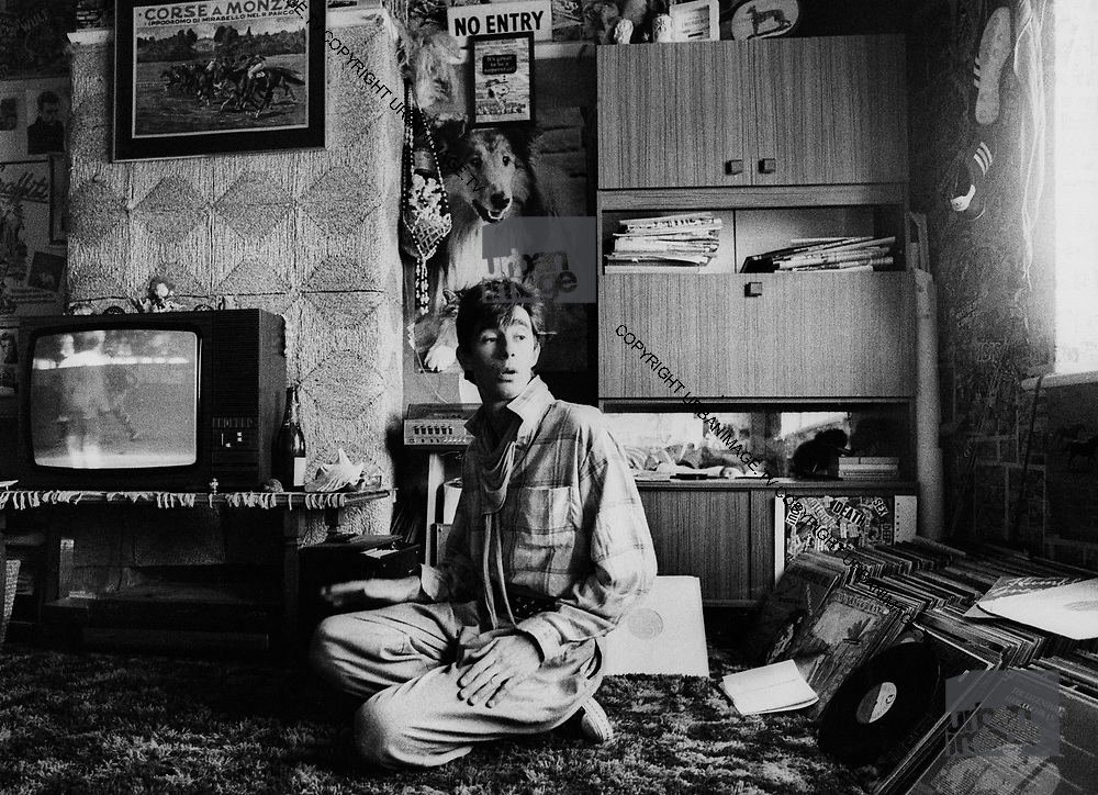 Jimmy Pursey, - Sham 69 at home 1978