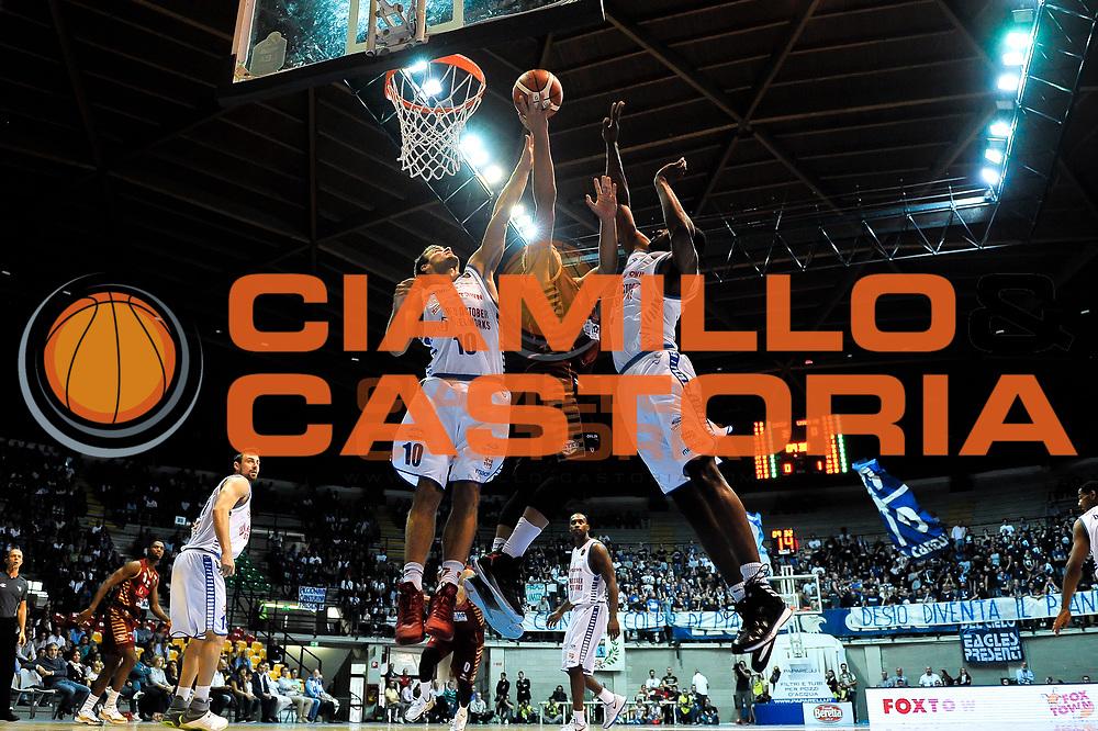 Stefano Tonut<br /> Cantu Venezia<br /> Basket serie A 2016/2017<br /> Milano 03/10/2016<br /> Foto Ciamillo-Castoria