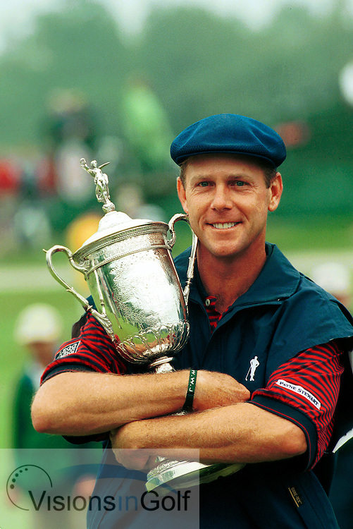 Payne Stewart wins the USGA Open Championship 1999 at Pinehurst No.2 on the 72nd hole after he has holed a 15 foot putt, pictured here with the trophy<br /> Photo Credit: Robert Walker / visionsingolf.com