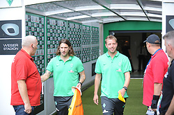 30.08.2015, Weserstadion, Bremen, GER, 1. FBL, SV Werder Bremen vs Borussia Moenchengladbach, 3. Runde, im Bild Die beiden Co-Trainer von Werder Bremen im Spielertunnel: Torsten Frings, Co-Trainer von Werder Bremen, links und Florian Kohfeldt, Co-Trainer von Werder Bremen, rechts. // during the German Bundesliga 3rd round match between SV Werder Bremen and Borussia Moenchengladbach at the Weserstadion in Bremen, Germany on 2015/08/30. EXPA Pictures © 2015, PhotoCredit: EXPA/ Eibner-Pressefoto/ Schmidbauer<br /> <br /> *****ATTENTION - OUT of GER*****