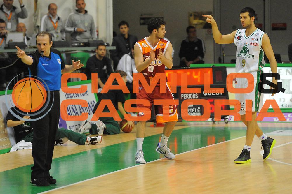 DESCRIZIONE : Siena Lega A 2010-11 Montepaschi Siena Lottomatica Virtus Roma<br /> GIOCATORE : arbitro<br /> SQUADRA : <br /> EVENTO : Campionato Lega A 2010-2011<br /> GARA : Montepaschi Siena Lottomatica Virtus Roma<br /> DATA : 15/05/2011<br /> CATEGORIA : mani referee<br /> SPORT : Pallacanestro<br /> AUTORE : Agenzia Ciamillo-Castoria/GiulioCiamillo<br /> Galleria : Lega Basket A 2010-2011<br /> Fotonotizia : Siena Lega A 2010-11 Montepaschi Siena Lottomatica Virtus Roma<br /> Predefinita :