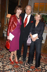 Left to right, ED & CAROL VICTOR and TINA BROWN at the Bruce Oldfield Crimestoppers Party held at Spencer House, 27 St.James's Place, London SW1 on 22nd September 2005.<br /><br />NON EXCLUSIVE - WORLD RIGHTS