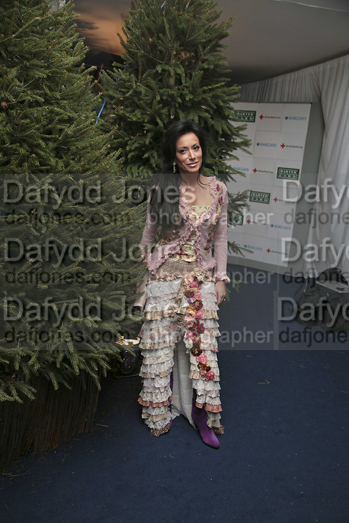 Nancy dell 'Olio, British Red Cross Ball, Waterloo. London. 16 November 2006.  TIME USE ONLY - DO NOT ARCHIVE  © Copyright Photograph by Dafydd Jones 66 Stockwell Park Rd. London SW9 0DA Tel 020 7733 0108 www.dafjones.com