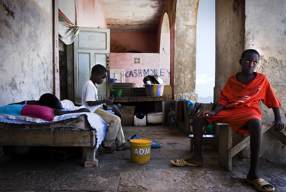 GOREÉ ISLAND (Senegal). 2007. Children in the porch of a house of Gore