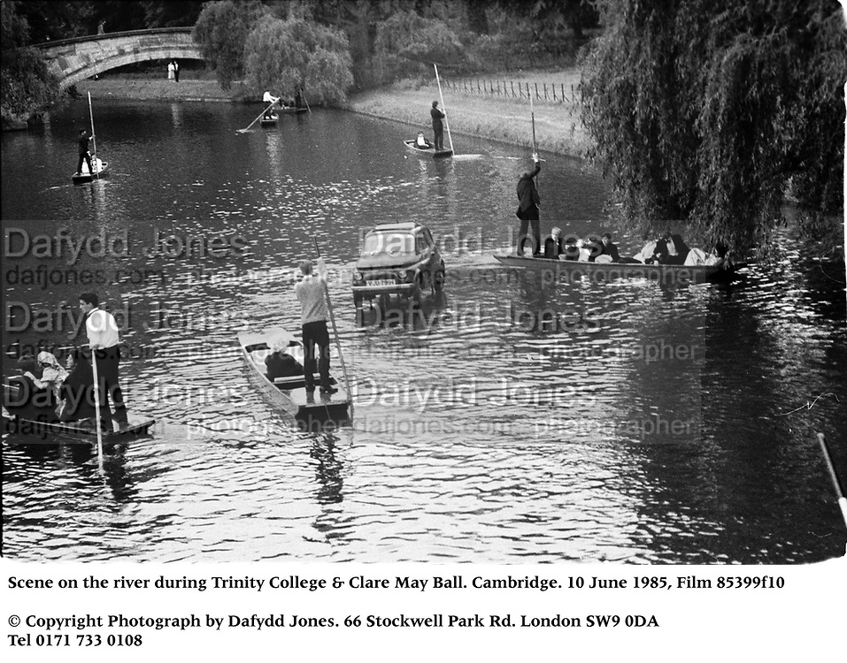 Scene on the river during Trinity College & Clare May Ball. Cambridge. 10 June 1985, Film 85399f10<br />