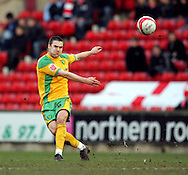 London - Saturday, January 12th, 2008: Jason Shackell of Norwich City during the Coca Cola Champrionship match at Oakwell, Barnsley. (Pic by Paul Hollands/Focus Images)