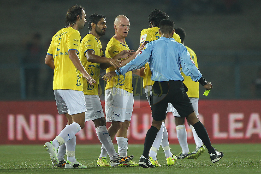 Iain Hume of Kerala Blasters FC talks to the referee after an incident during match 13 of the Hero Indian Super League between Atl&eacute;tico de Kolkata and Kerala Blasters FC held at the Salt Lake Stadium in Kolkata, West Bengal, India on the 26th October 2014.<br /> <br /> Photo by:  Ron Gaunt/ ISL/ SPORTZPICS