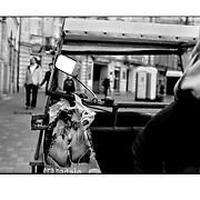 """Autor de la Obra: Aaron Sosa<br /> Título: """"Serie: To Jest Kod / Ese es el Código""""<br /> Lugar: Lodz - Polonia <br /> Año de Creación: 2008<br /> Técnica: Captura digital en RAW impresa en papel 100% algodón Ilford Galeríe Prestige Silk 310gsm<br /> Medidas de la fotografía: 33,3 x 22,3 cms<br /> Medidas del soporte: 45 x 35 cms<br /> Observaciones: Cada obra esta debidamente firmada e identificada con """"grafito – material libre de acidez"""" en la parte posterior. Tanto en la fotografía como en el soporte. La fotografía se fijó al cartón con esquineros libres de ácido para así evitar usar algún pegamento contaminante.<br /> <br /> Precio: Consultar<br /> Envios a nivel nacional  e internacional."""
