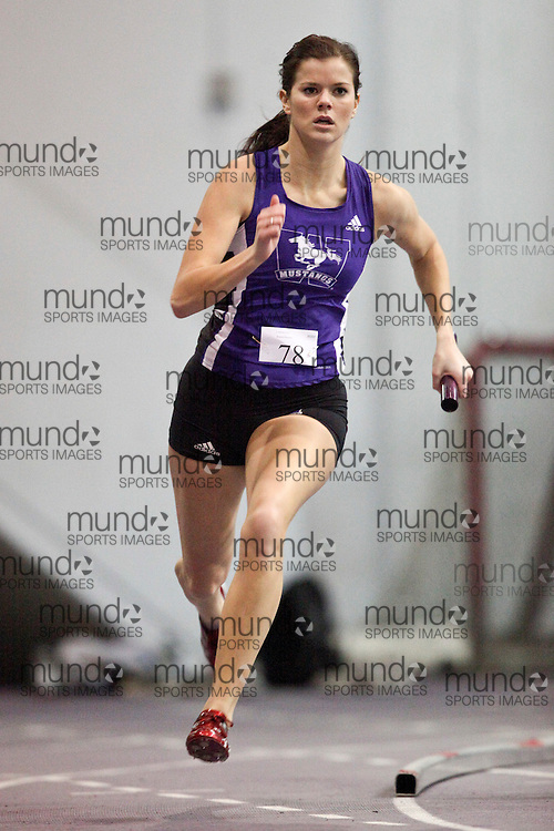 London, Ontario ---11-01-22---   Emily Coxhead of the Western Mustangs competes at the 2011 Don Wright meet at the University of Western Ontario, January 22, 2011..GEOFF ROBINS/Mundo Sport Images.