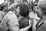 &copy;Javier Calvelo/ URUGUAY/ MONTEVIDEO/Hospital de Ojos: celebran las 1.000 cirug&iacute;as/ Desde su inauguraci&oacute;n hasta hoy el Hospital de Ojos realiz&oacute; mas de 1.000 operaciones gratuitas de cataratas. <br /> A las 14 horas, la ministra de Salud, Mar&iacute;a Julia Mu&ntilde;oz, y el presidente del Banco de Previsi&oacute;n Social, Ernesto Murro, encabezaron en el Hospital de Ojos un acto de celebraci&oacute;n por las primeras 1.000 cirug&iacute;as realizadas a pacientes con cataratas.<br /> Ademas se presentaron nuevos servicios que facilitar&aacute;n el acceso de los pasivos de menores ingresos a las posibilidades que ofrece el centro oftalmol&oacute;gico que funciona en el ex Hospital Saint Bois.<br /> El Hospital de Ojos fue inaugurado hace 10 meses, cuenta con tecnolog&iacute;a de &uacute;ltima generaci&oacute;n y constituye en la actualidad el primer centro de referencia oftalmol&oacute;gico del pa&iacute;s.<br /> 2008-05-16 dia jueves<br /> foto: Javier Calvelo.