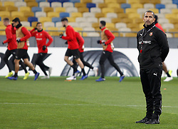 November 7, 2018 - Kiev, Ukraine - Rennes'French coach Sabri Lamouchi attends a training session of his team at the Olympiyskiy Stadium in Kiev, Ukraine, 08 November 2018. Rennes will play against Dynamo Kyiv at the UEFA Europa League Group K second-leg football match at the Olympiyskiy Stadium in Kiev, on November 08. (Credit Image: © Str/NurPhoto via ZUMA Press)