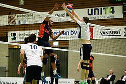20170125 NED: Beker, Sliedrecht Sport - Seesing Personeel Orion: Sliedrecht<br />Ryan Anselma (1) of Seesing Personeel - Orion, Ian de Bus (7) of Sliedrecht Sport <br />©2017-FotoHoogendoorn.nl / Pim Waslander