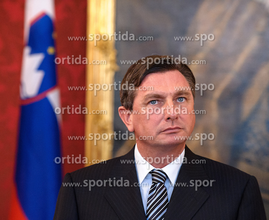 06.02.2013, Praesidentschaftskanzlei, Wien, AUT, Offizieller Arbeitsbesuch des Staatspraesidenten der Republik Slowenien, im Bild Staatspraesident von Slowenien Borut Pahor // president of the state of slovenia Borut Pahor during official visit of president of the state of Slovenia, presidents office, Vienna, Austria on 2013/02/06, EXPA Pictures © 2013, PhotoCredit: EXPA/ Michael Gruber