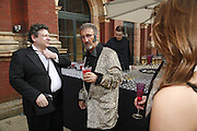 LUCIAM GRAING AND EDDIE JORDAN , The Biba Ball in aid of CLIC Sargent. Victoria & Albert Museum, London. 11 May 2006.ONE TIME USE ONLY - DO NOT ARCHIVE  © Copyright Photograph by Dafydd Jones 66 Stockwell Park Rd. London SW9 0DA Tel 020 7733 0108 www.dafjones.com