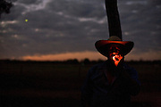 Aquidauana_MS, Brasil...Detalhe de um vaqueiro,  da Fazendo Rio Negro do Pantanal, fumando...A cowboy is smoking, He works in Rio Negro farm in Pantanal...Foto: JOAO MARCOS ROSA / NITRO