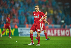 TRABZON, TURKEY - Thursday, August 26, 2010: Liverpool's Joe Cole looks dejected as their side go down 1-0 at half-time to Trabzonspor during the UEFA Europa League Play-Off 2nd Leg match at the Huseyin Avni Aker Stadium. (Pic by: David Rawcliffe/Propaganda)