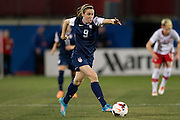 FRISCO, TX - JANUARY 31:  Heather O'Reilly #9 of the U.S. Women's National Team controls the ball against the Canadian Women's National Team on January 31, 2014 at Toyota Stadium in Frisco, Texas.  (Photo by Cooper Neill/Getty Images) *** Local Caption *** Heather O'Reilly