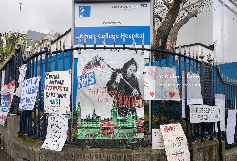 Junior doctors protest outside King's College Hospital in Camberwell, south London, about the working contract imposed upon them by their employer, the NHS, London 26th April 2016. On the first of a two-day strike, the doctors are this time stopping even emergency cases, a controversial action to highlight the 7-day working week that the workers say is unsafe for patient safety.