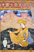 Iran, province d'Ispahan, Ispahan, Palais de Chehel Sotun, la salle du banquet,peinture murale, jeune femme persane servant du vin // Iran, Isfahan, Chehel Sotun palace, The Great hall or Throne hall painting, Persian woman pourring wine