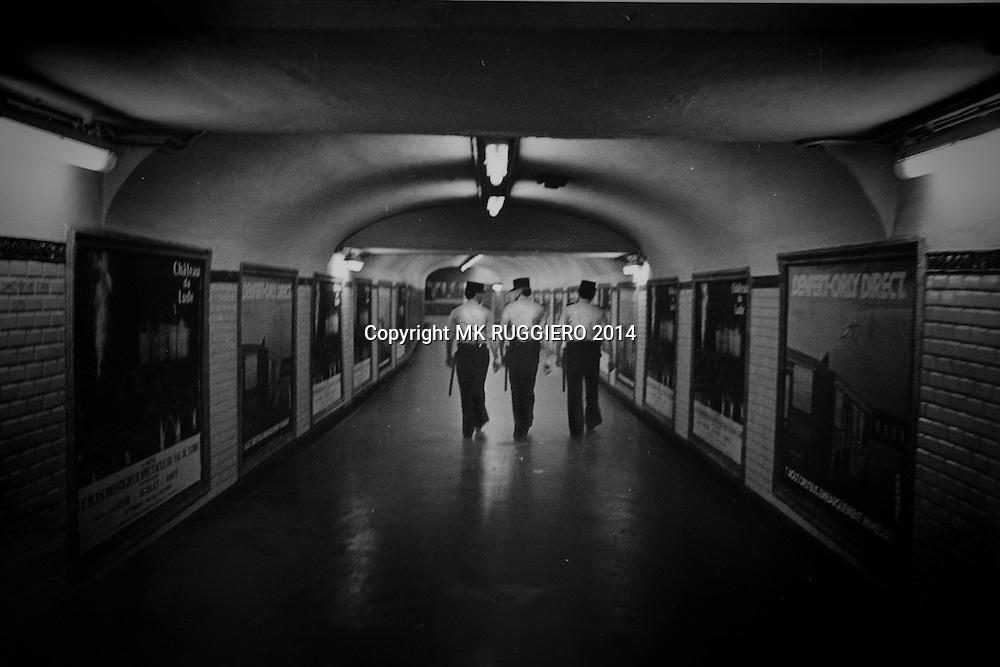 """""""Trois Gendarme""""             Paris, France - 1985"""